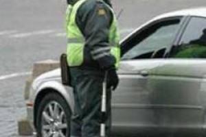 Инспектор вправе попросить предьявить страховку водителя в любом случае