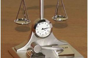 Если ответчик владеет имуществом или вещью незаконно, то виндикация будет уместной