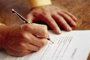 Срочный договор можно перевести в бессрочный