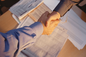 Срочный трудовой договор заключается: основные нюансы документа