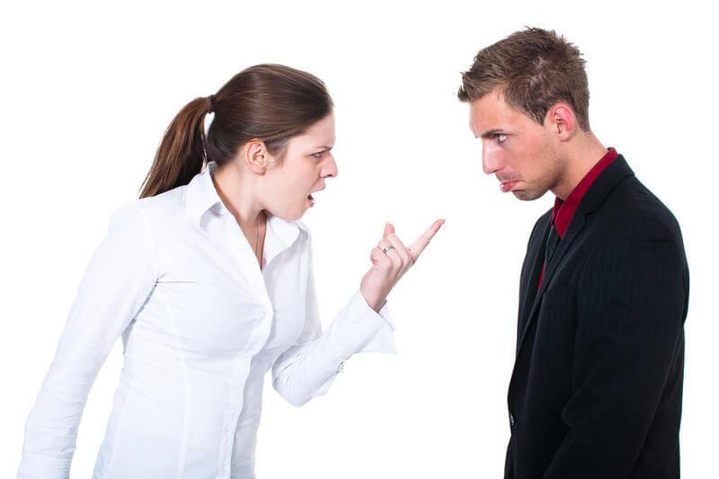 Что делать если меня оскорбил продавец
