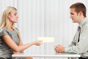 оплата больничного после увольнения