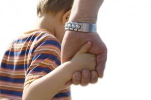 За что лишают родительских прав мать? Основные права родителей