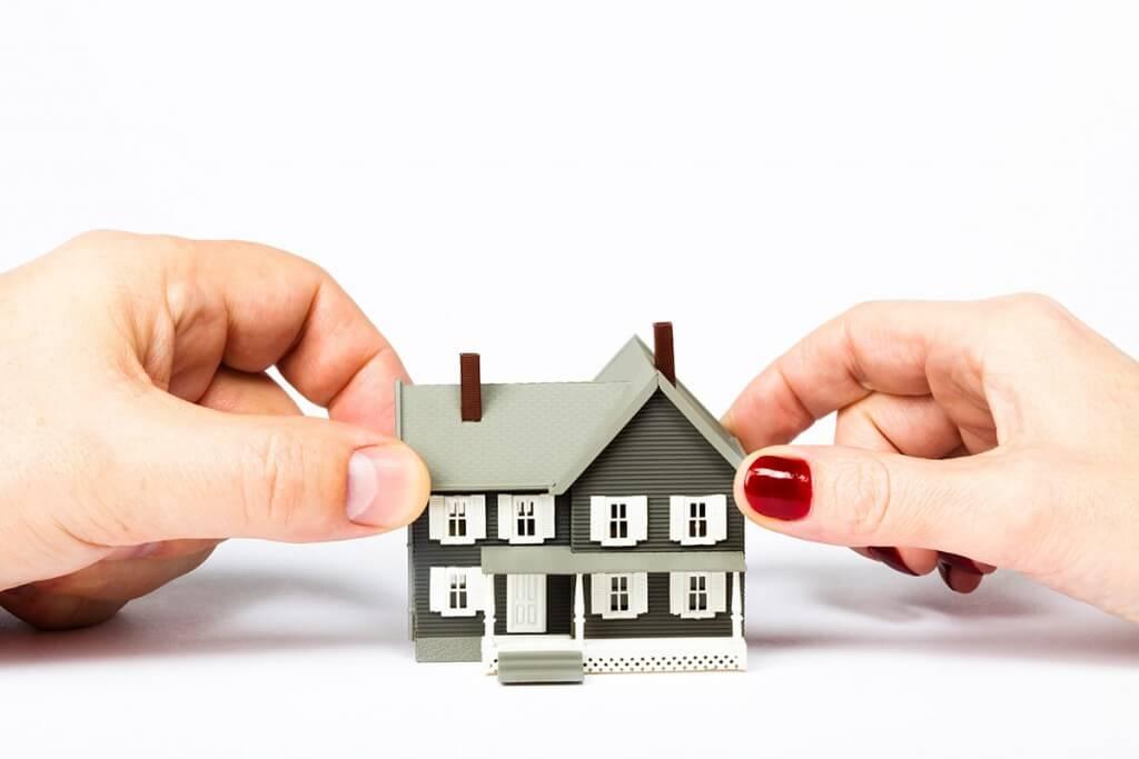 раздел жилого помещения находящегося в общей собственности Все