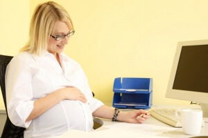как беременной уйти на больничный