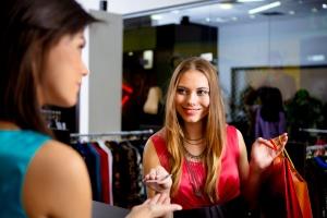 Оформление возврата товара от покупателя: правовые нормы, варианты составления заявления, причины и прочее