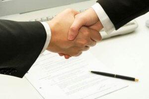 Что нужно знать для того, чтобы оформить договор беспроцентного займа между учредителем и организацией?