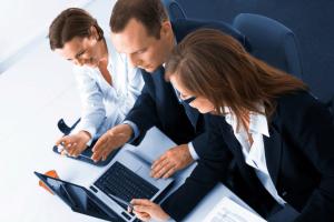 Договор на оказание консалтинговых услуг: образец и подробно об оформлении бумаги