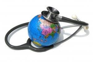 Стоимость страховки для выезда за границу и другие особенности такого полиса