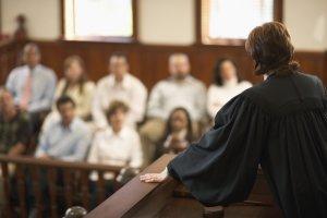 Что такое суд присяжных, какие дела он рассматривает, как влияет на решение судьи?