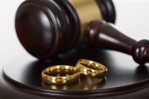 Причины, процедура и последствия признания брака недействительным