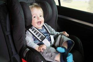 Перевозка в автомобиле самых маленьких пассажиров