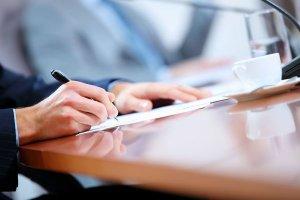 Внесение записей в трудовую книжку предпринимателями