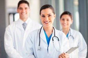 Работники здравоохранения