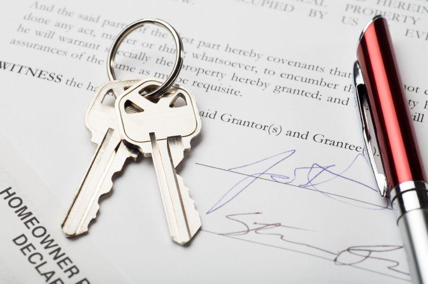 Нотариальный договор подписывается нотариусом