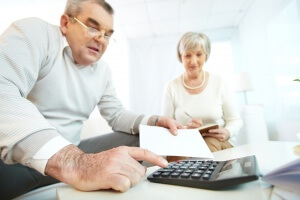 Как рассчитать пенсию по старости и какие особенности у этой регулярной денежной выплаты