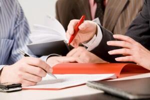 Подписание договора должно проводиться в присутствии