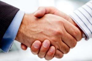 Дополнение к трудовому договору: причины, порядок составления и образец документа