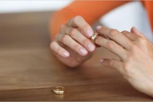 Где писать заявление на развод