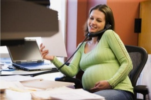 Берут ли беременных на работу