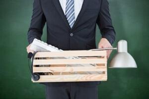 Как правильно уволить сотрудника по собственному желанию: все нюансы увольнения