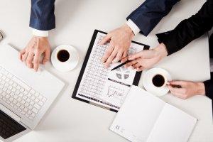 Когда и каким образом реестр требований кредиторов ведет арбитражный управляющий и реестродержатель