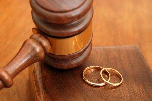 Повестка в суд на развод: образец бланка, порядок и нюансы рассмотрения дела, последствия неявки на слушание