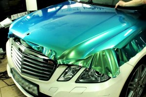 Цветная пленка на авто