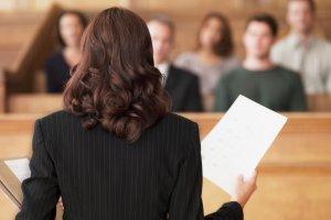 Кто может быть представителем в суде: определение представителя, полномочия