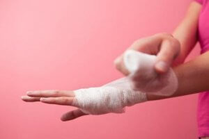 В какой статье УК РФ указана ответственность за нанесение телесных повреждений