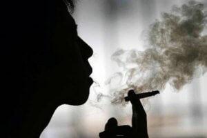 Курение вредит здоровью окружающих