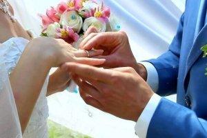 Вступление в брак несовершеннолетними