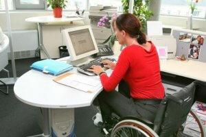 Кого причисляют к инвалидам 1 группы